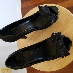 black heels with bows 6.5 shoes